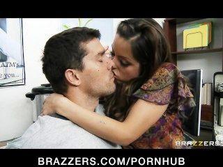 Hot Big-tit Latina Yurizan Beltran Fucks Her Business Investor