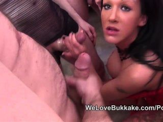 Chantelle Foxx Facial Bukkake Cum Party