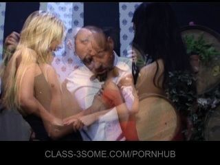 Horny Gals Fuck In Threesome With The Waiter