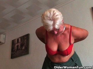 Chubby Granny With Saggy Big Tits And Plump Ass Spreads Her Old Pussy
