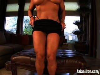Dd Mature Female Bodybuilder Show You Her Big Clit
