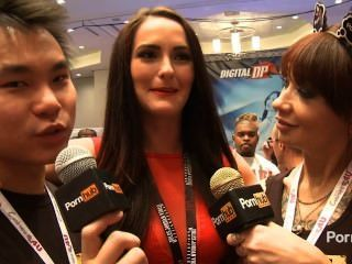 Pornhubtv Bianca Breeze Interview At 2014 Avn Awards