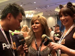 Pornhubtv Chloe Chaos Interview At 2014 Avn Awards
