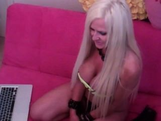 Hot Blonde Dildos Pussy Until Cream On Webcam