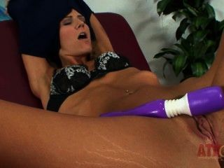 Beautiful Amanda Tate Solo And Her Sexy Feet