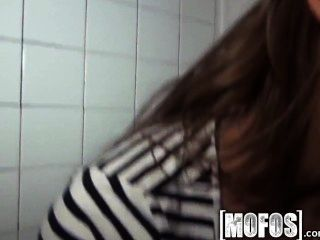 Mofos - Hot Teen Fucking In The Backroom