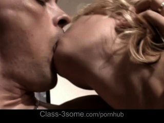 Blondes Enjoy Cum Swallow After Hardcore 3som