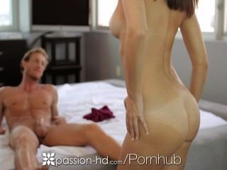 Hd Passion-hd - Plumber Is Laying Pipe To His Little Client Dillion Harper