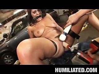 Charley Chase Gets An Oil Change