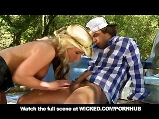 Big Tit & Ass Blonde Teen In Heels Fucks Outdoors