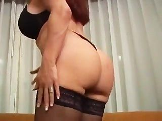 Mature Vanessa Smoking And Fucking