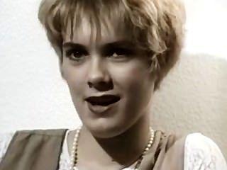 Une Amatrice Blonde Dans Les Années 60