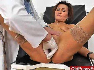 Redhead Mama Vagina Physician Role Play