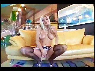 Blonde Pornstar Squirts