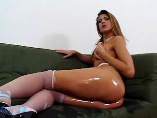 Sexy Chick Lubes Up And Screws Stranger