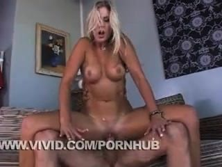 Nikki Jayne Loves To Get Fucked And Tossed Around