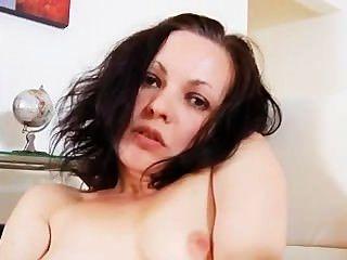 Mature Milf Fucks Her Horny Cunt