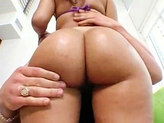 Big Ass Latina Gets Fucked Hardcore