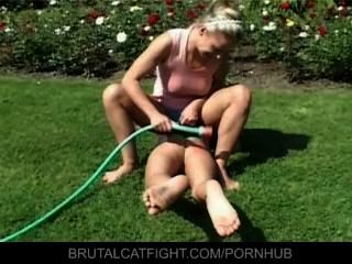 Wife Catches Hubby With Blonde And Hits Her
