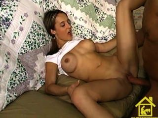 Cindy Indian Amateur Threesome