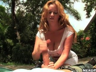 Outside Handjob From Busty Violet Addamson