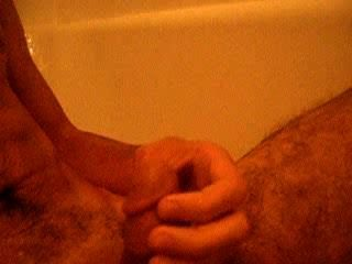 Hot Yeti Pees On Himself