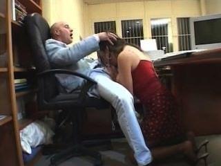 Big Tits Beurette Soumise A Son Patron