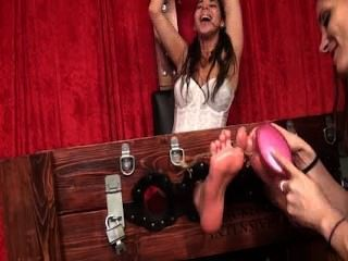 The Spanish Begger: Oiled Feet Tickled