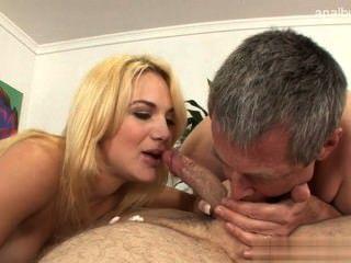 Big Tits Teenie Hardsex