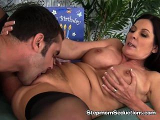 Milf Magdalene Gets Pussy Licked And Fucked
