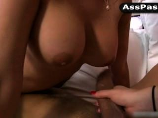 Threesome With Dayna Vendetta, Penelope Tyler