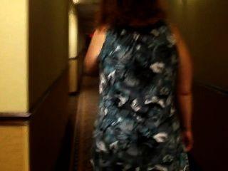 Pulpeuse Belle Grosse Catin En Robe Marche
