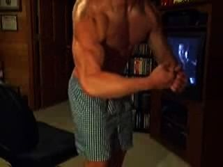 Best Camshow By Muscle Friends