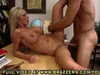 Nikki Benz Stretch My Balloon Knot Asshole