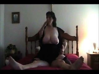 That chubby slut smoking lyk