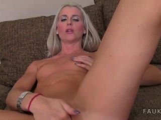 Blonde Amateur Hard Fucked By Agent