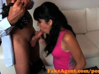 Fakeagent Raven Hair Amateur Gets Juicy Creampie