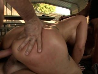Syren Gangbang Double Vaginal!!!her Pussy Was Made To B Double Stuffed
