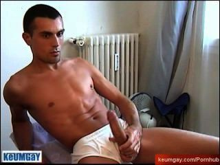 Greg, A Hot Fit Guy Get Wanked His Enormous Cock By A Guy !