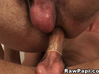 Hot Bareback Latino Gay