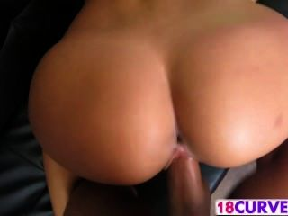 Big Ass Latina Luna Knows How To Fuck