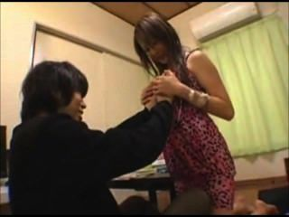01 Asian Girl Make A Blowjob 001
