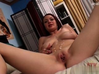 Cute Housewife Sexinpublic