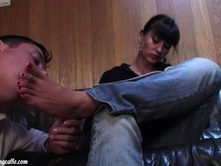 Footcleaningcaffe-reading And Foot Licking 02