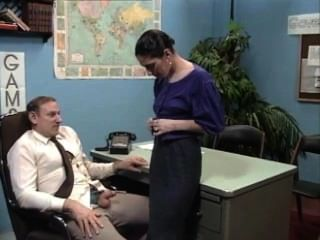 Old Boss At Desk Job Getting A Blow Job