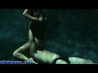 Gorgeous Japanese In Underwater Sex