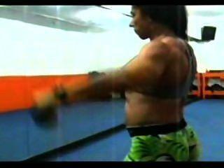 Claudia Workout Arms