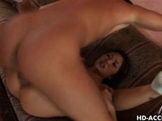 Superhorny Asian Chick Kaiya Lynn Gets An Anal Injection