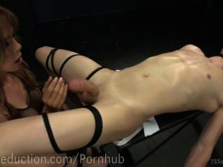 Sofia Sanders Dominates Slaveboy