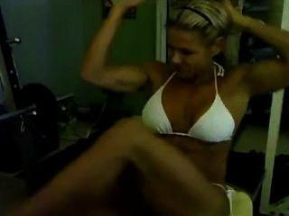 Nice Muscle Girl